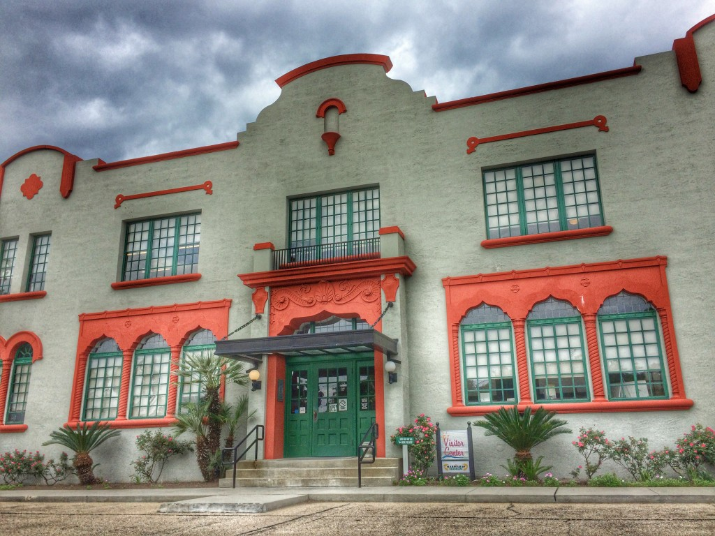 A historic train depot is the Bay St Louis visitor's center and also houses several small museums.