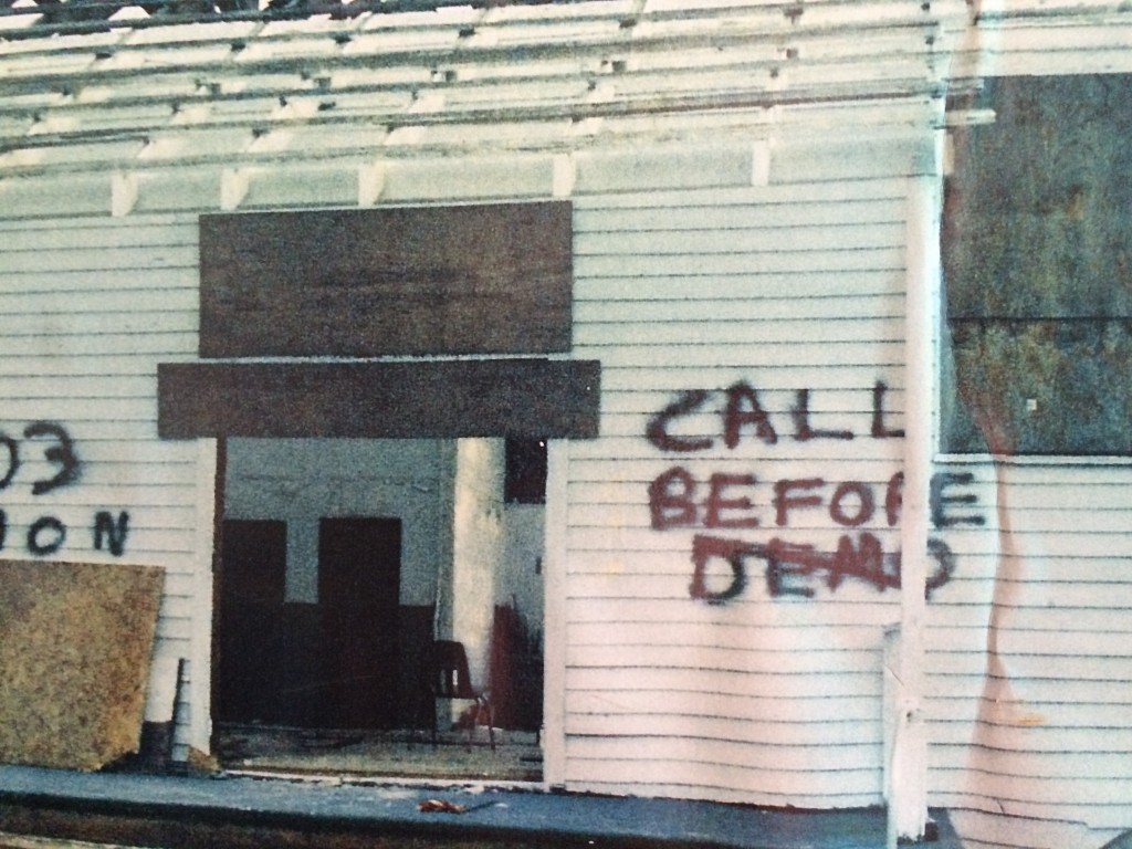 A photo of the 100 Men Hall as it looked hours before it was set to be demolished by the US Army Corp of Engineers.