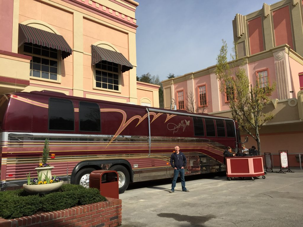 Dolly Parton Tour Bus